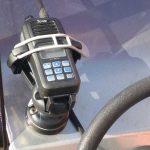 Emisora VHF en soporte de dispositivos de Railblaza