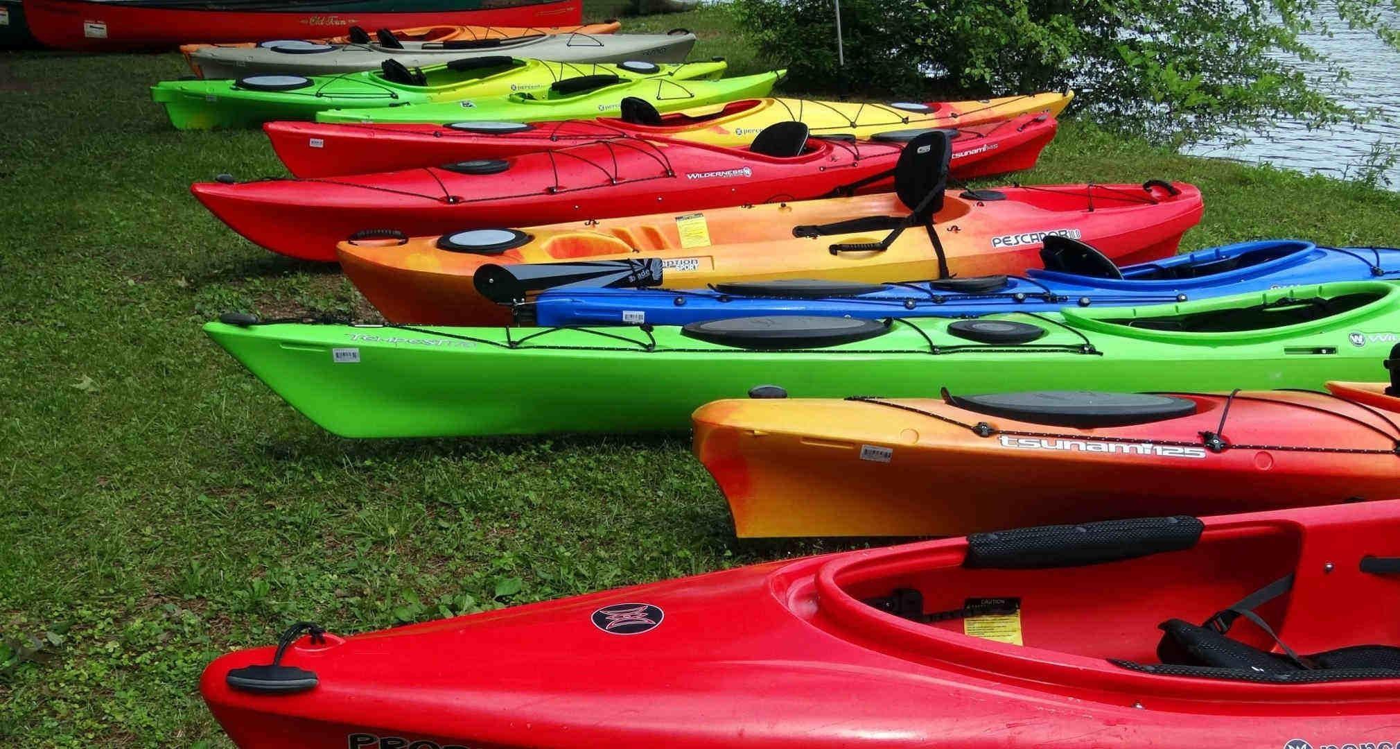 Kayaks de mar, kayaks de pesca, kayaks de recreo, piraguas de aguas bravas